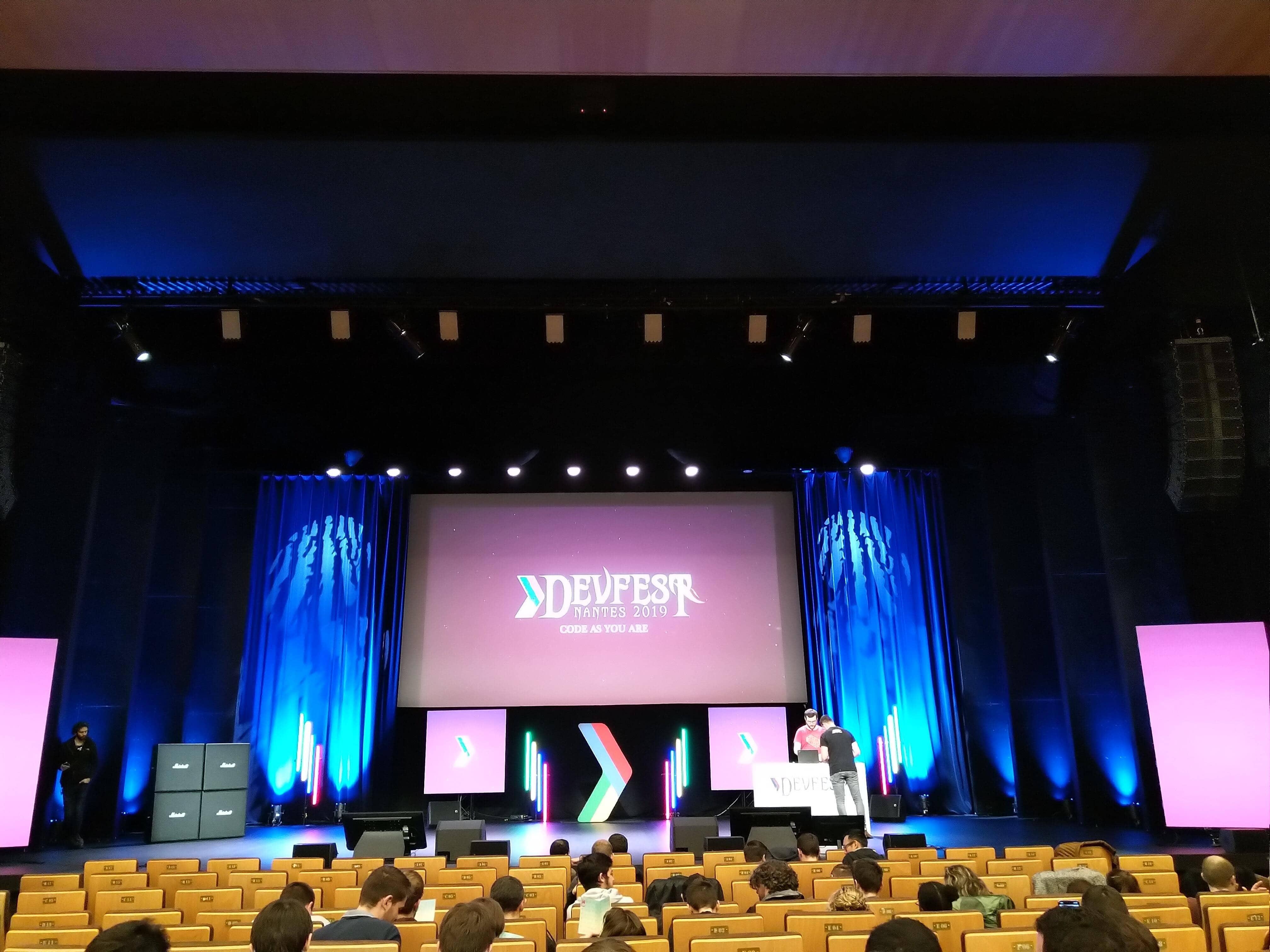 Scène du DevFest 2019 à Nantes.
